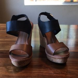 DV by Dolce Vita Jonee Wedge Sandals